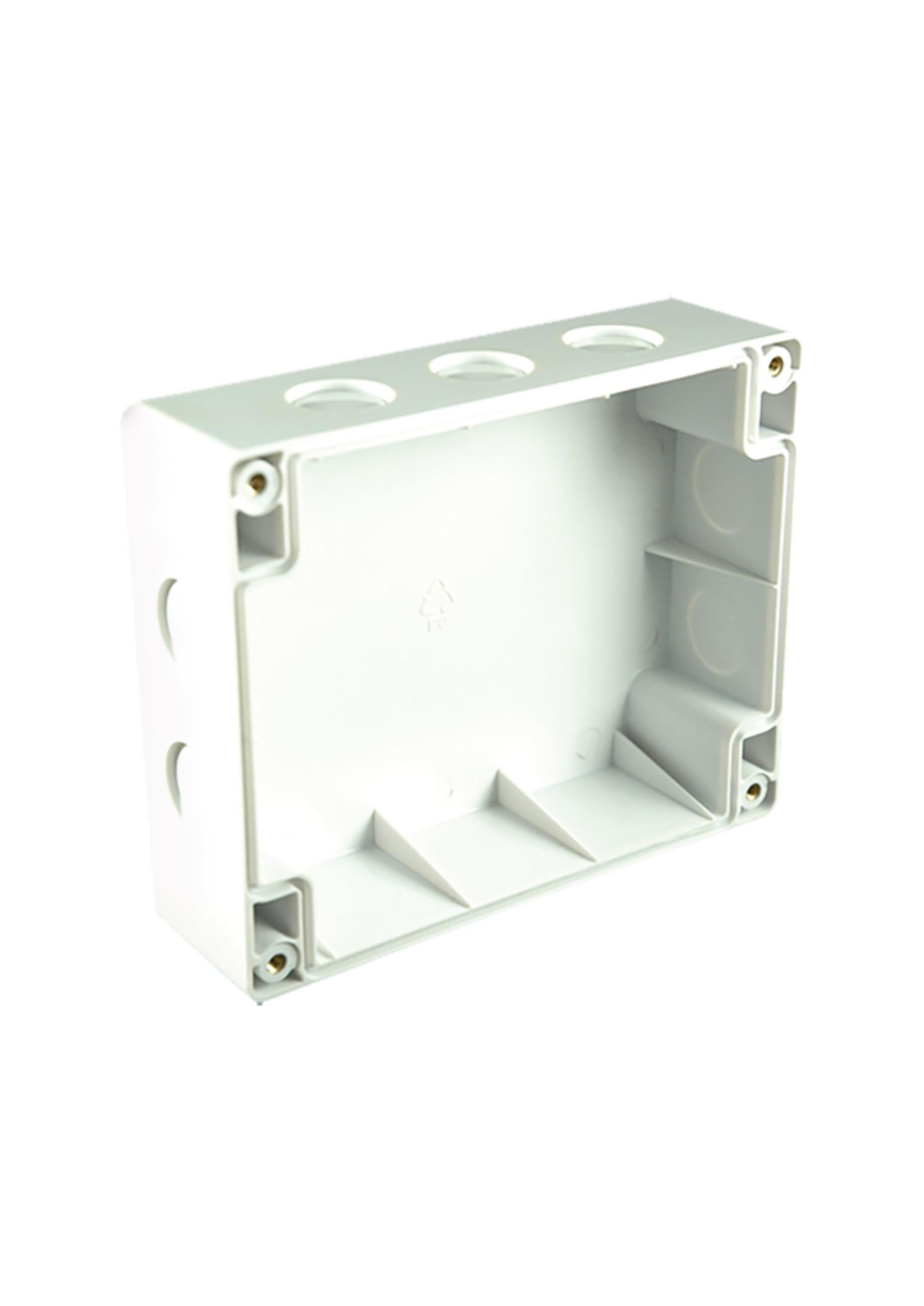 Module Back Box 1670960-00
